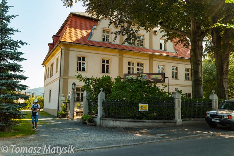 Pałac w Kowarch