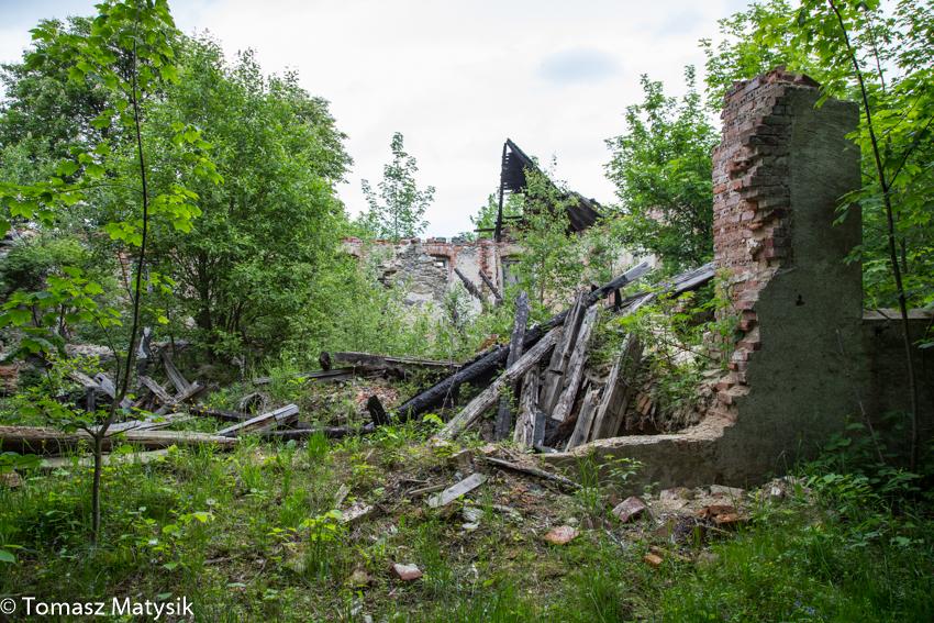 Ruiny schroniska Kesselschlossbaude